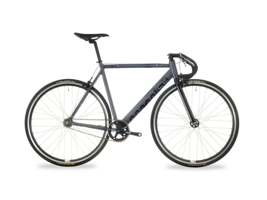 CSEPEL ROYAL ALU 28/600 17 országúti kerékpár