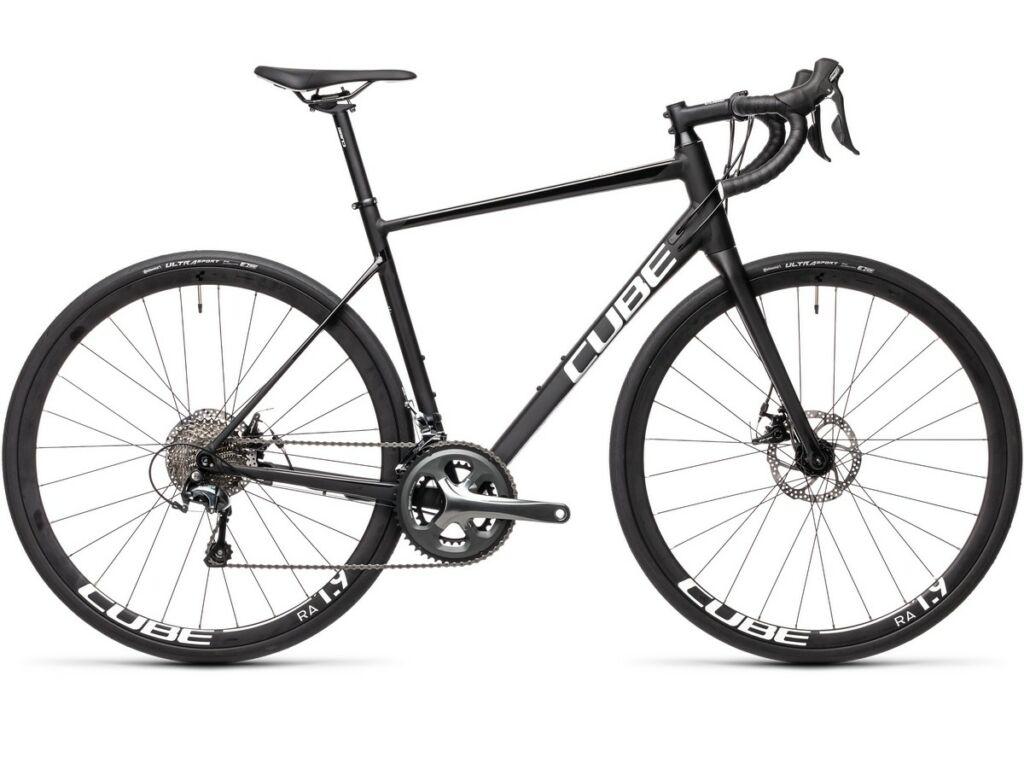 Cube Attain Race 2021 országúti kerékpár, black'n'white
